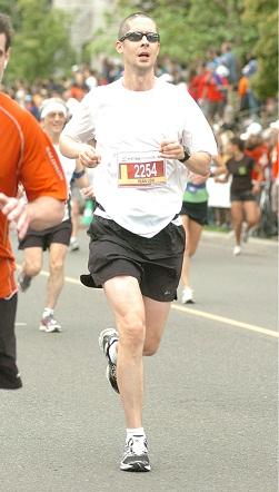 http://cg.scs.carleton.ca/~jdecaruf/marathonJ-Lou.jpg